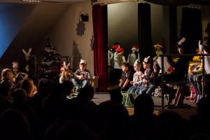 Theaterstück beim Weihnachtsfest der Sophienschule