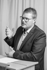 Bezirkstagsmitglied Holger Grießhammer