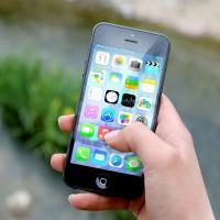 Smartphone Symbolbild